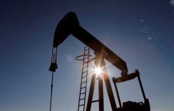 ارتفاع أسعار النفط متأثرة بتوقعات التحفيز الأمريكي وشح المعروض