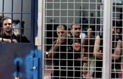 """السلطة الفلسطينية تطالب بحماية الأسرى بعد إصابة 300 منهم بـ""""كورونا"""""""