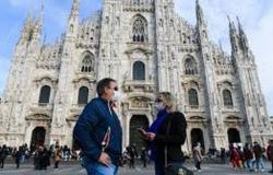 """ارتفاع حاد.. """"كورونا"""" يباغت 15204 إيطاليين خلال يوم"""