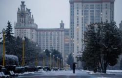 روسيا تسجّل 11086 إصابة جديدة و428 وفاة بكورونا
