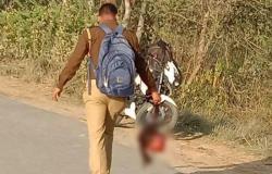 فيديو مرعب.. هندي يسير حاملاً رأس ابنته في شوارع القرية