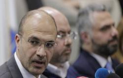 """تشابه أسماء يجعل من مهندس أردني """"وزير صحة افتراضيا"""" للبنان"""