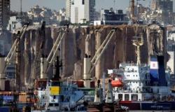 قنبلة موقوتة.. خبراء يحذرون من صوامع الحبوب في مرفأ بيروت