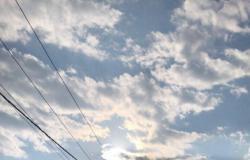 """أمطار""""وادي نعمان"""" بمكة تُربك الطلاب أثناء الامتحانات النهائية وتُعطِّل الأجهزةالمنزلية"""
