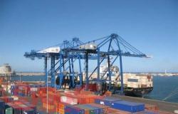 """ميناء دمياط يستقبل ناقلة الغاز """"GASLOG SAVANNAH"""" في طريقها إلى الهند"""