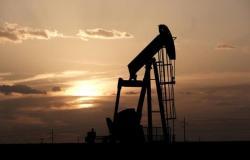 """""""برنت"""" عند 69.3 دولاراً.. أسعار النفط ترتفع بعد هبوط المخزونات الأمريكية"""
