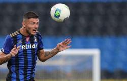 الاتحاد الإيطالي يوقف ميشيل ماركوني 10 مباريات