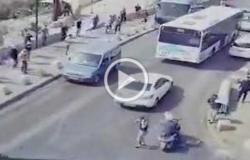 فيديو.. أحد المستوطنين يحاول دهس شبان فلسطينيين قرب باب الأسباط بالقدس