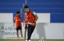 """سالم يشارك في تدريبات الهلال .. و""""مورايس"""" يقود الفريق """"رسميًا"""""""