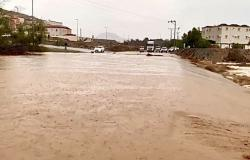 بالفيديو .. أمطار خثعم الغزيرة تسيل الأودية وتشكل شلالات