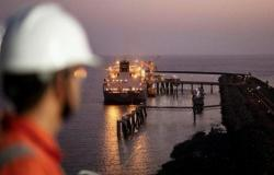 أسعار النفط ترتفع مدعومةً بتحسن توقعات الطلب