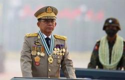 رئيس المجلس العسكري بميانمار يزور روسيا في ثاني رحلة خارجية منذ الانقلاب