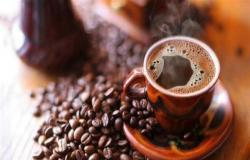 إذا كنت ممن يتناولون القهوة بكثرة.. حذار من هذا المرض