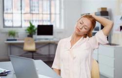 دراسة تحذر من الجلوس لفترات طويلة: يضر بالصحة العقلية