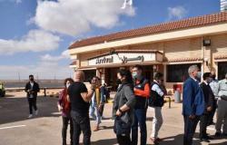 مطار مطروح يستقبل 126 سائحا من كازاخستان