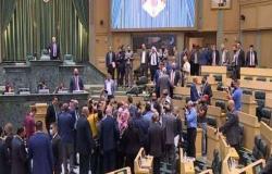 تأجيل جلسة مجلس النواب الأردني لجلوس نائب بمقعد رئيس الوزراء