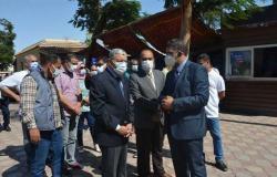 محافظ المنيا يتابع تنفيذ مشروعات «حياة كريمة» بقرية جزيرة شارونة
