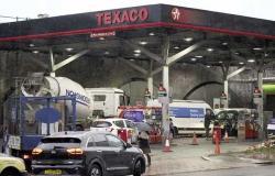 أزمة وقود غير مسبوقة في بريطانيا.. وطوابير طويلة أمام المحطات