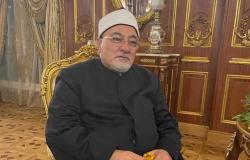 خالد الجندي: الرئيس السيسي يعمل ويخطط لصالح الأجيال القادمة