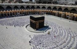 """""""المحيميد"""" يعلن جاهزية المسجد الحرام لاستقبال المعتمرين والمصلين.. اعتبارًا من الغد"""