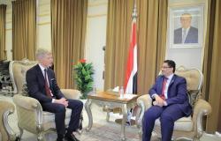 """""""ابن مبارك"""" و""""غروندبرغ"""" يبحثان جرائم الحوثي ضد سكان """"عبدية مأرب"""""""