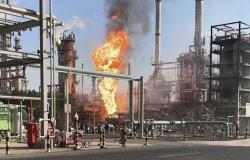شركة البترول الكويتية: إصابات طفيفة وحالات اختناق في حريق مصفاة الأحمدي
