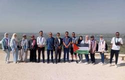 بمشاركة شباب 15دولة عربية.. سفينة النيل تصل أولى محطاتها بالمنيا (صور)