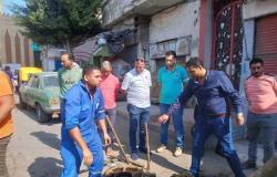 رئيس مدينة دسوق يتابع أعمال الصرف الصحي