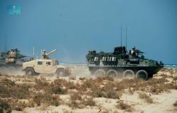"""استمرار مناورات تمرين """"المدافع الأزرق 21"""" بين البحريتَيْن السعودية والأمريكية"""