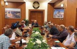 محافظ بورسعيد يتابع استعدادات الأحياء لاستقبال الشتاء