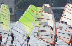 فوز 3 لاعبين من نادى اليخت ببطولة القوارب الشراعية والإنزلاق على الماء (صور)