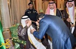 نكشف سبب انحناء السيسي لملك السعودية