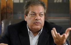 """أبو العينين: الصين تصنع آثارًا فرعونية بـ""""المليارات"""" وتبيعها بدون استفادة مصر"""
