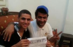 """الفنان الشاب محمد فرحات يوقع لـ""""تمرد"""" فى الإسماعيلية"""