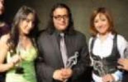 """بالصور  حميد الشاعري يظهر بـ""""طلة"""" جديدة في مهرجان جوائز """"Middle East Music Award"""""""