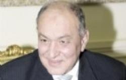 وزير الطيران ينهي الوقفة الاحتجاجية للطيارين