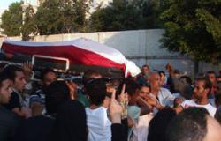 وقفة لأهالى قرية شهيد بالمنوفية أمام منزله للمطالبة بالقصاص من الجناة