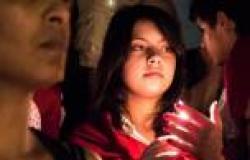 بالصور.. وقفة بالشموع في تونس تكريمًا لشهداء «الشعانبي»