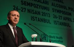 أستاذ علوم سياسية: أردوغان متغرطس ويريد وضع رأسه برأس أوباما
