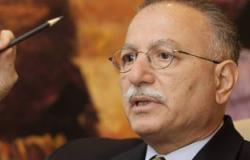 أوغلى يحذر من نشوب حرب باردة فى المنطقة نتيجة لاستمرار الأزمة السورية