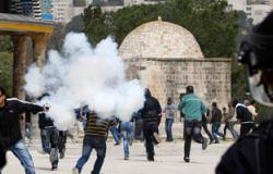 إصابة 15 فلسطينيا بينهم طفل فى مواجهات مع الاحتلال الإسرائيلى بالخليل