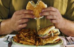 استشارى سمنة: وجبة العشاء ضرورية ولا تزيد الوزن مادامت صحية