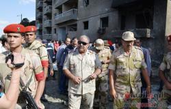بالصور.. محافظ الإسماعيلية يتفقد انفجار محيط مبنى المخابرات الحربية