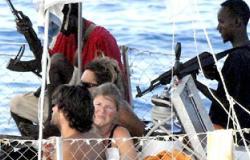 تقرير: قراصنة الصومال يكبدون الاقتصاد العالمى 18 مليار دولار سنويا