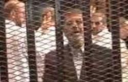 مرسي لضباط الحراسة بـ«برج العرب»: «هاتولي تليفزيون وقولولي يا ريّس»