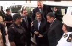 «المهدي» يحلل نفسية مرسي في أزمة الجاكتة: تمسك بغلق أزرارها ليستكمل مظهره الرئاسي