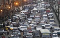 تباطؤ حركة السيارات أعلى أكتوبر بسبب عطل فى مينى باص