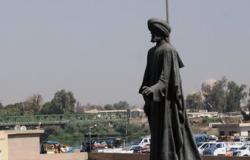 بالفيديو.. «داعش» يدمر تماثيل تاريخية بالموصل ويحملهم على سيارة لجهة مجهولة