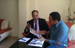 خبير نظم إلكترونية يبتكر حلولا ذكية لحل أزمة الكهرباء بمصر