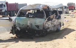 """إصابة ١٣ شخصا فى حادث انقلاب سيارة """"ميكروباص"""" بأسيوط"""